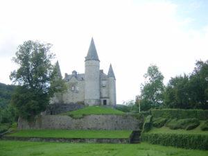 1.6 Castles, gardens, hills and open fields